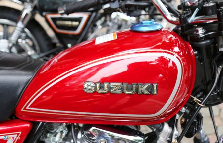 Suzuki GN125-2F 2017: Mau con tay co dien dau tien ve Ha Noi - Anh 4