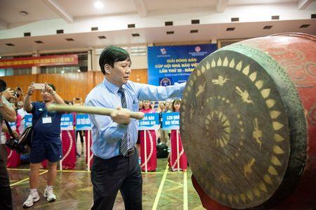 Khai mac Giai Bong ban Cup Hoi Nha bao Viet Nam - Anh 2