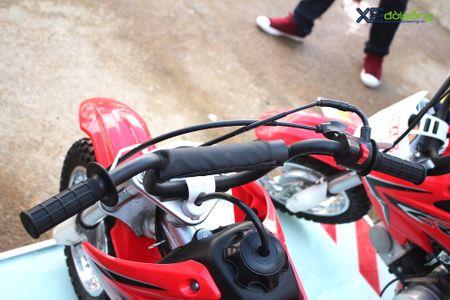 Honda CRF50F tai Viet nam: 'cao cao ruoi' cho tre em - Anh 5