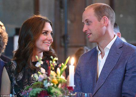 Cong nuong Kate Middleton hanh phuc mang thai lan thu 3 - Anh 3
