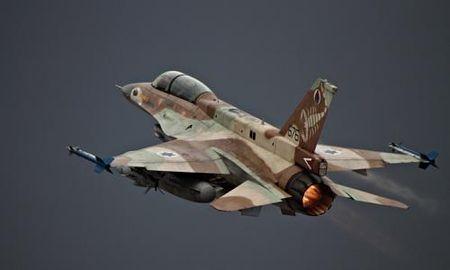 May bay Israel bi to khong kich co so quan su Syria - Anh 1