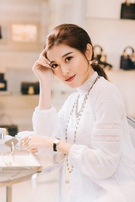 A hau Huyen My tat bat chon hang hieu chuan bi cho Miss Grand International 2017 - Anh 7