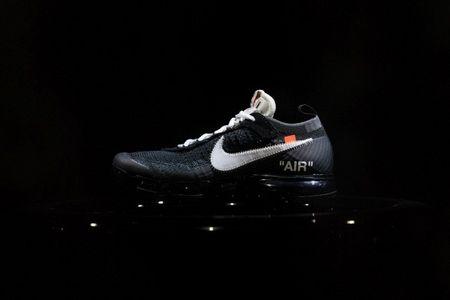 Co gi o buoi ra mat dau tien cua Nike x Off-White? - Anh 12