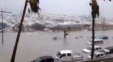 Sieu bao Irma can quet Caribbean, 3 nguoi thiet mang - Anh 4