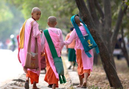 Kham pha Shwenandaw - tu vien bang go Teak - Anh 11