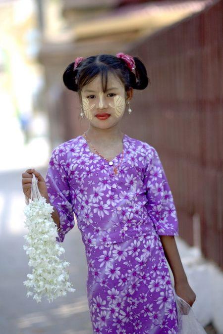 Kham pha Shwenandaw - tu vien bang go Teak - Anh 12