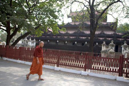 Kham pha Shwenandaw - tu vien bang go Teak - Anh 2