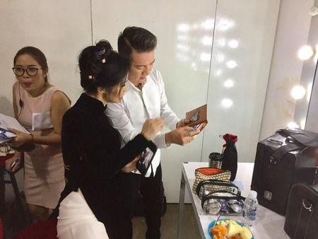 Diva Hong Nhung 'tuc gian', trach moc Dam Vinh Hung vi ly do khong ai co the ngo den nay - Anh 4