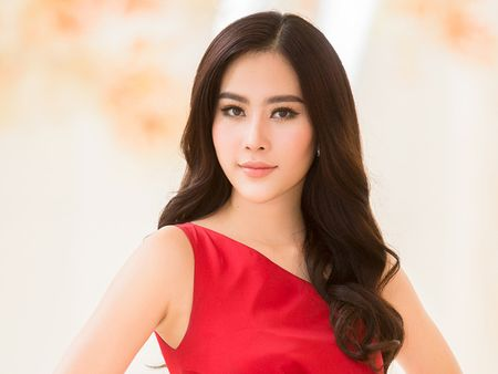 Nam Em len tieng ve tin don co dai gia 'chong lung' - Anh 1