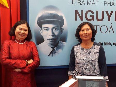 Ra mat Nguyen Binh toan tap nhan 100 nam sinh nhat ong - Anh 2