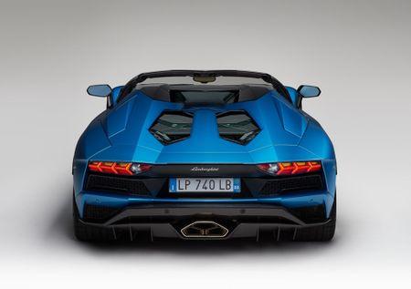 Lamborghini Aventador S Roadster - tuyet pham mui tran - Anh 4