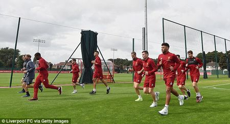 Chamberlain hao hung lan dau tap luyen o Liverpool - Anh 4