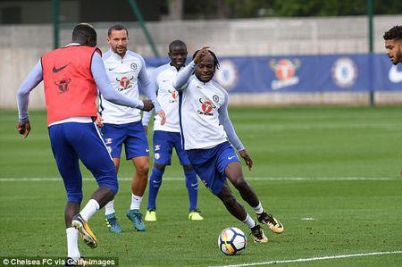 Tan binh cua Chelsea san sang ra mat o Premier League - Anh 6