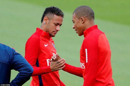Bo doi dat nhat the gioi Mbappe va Neymar than thiet trong lan dau tap chung o PSG - Anh 3