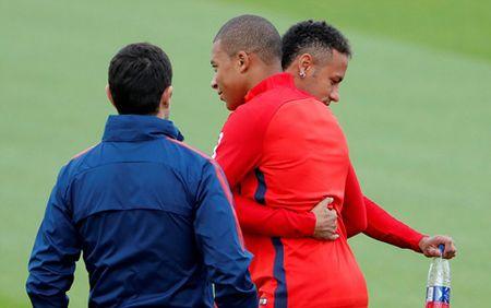 Bo doi dat nhat the gioi Mbappe va Neymar than thiet trong lan dau tap chung o PSG - Anh 4