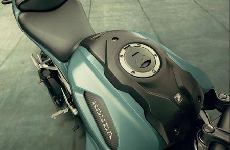Can canh Honda CB150R ExMotion 2017 moi gia tu 68 trieu tai Thai Lan - Anh 6