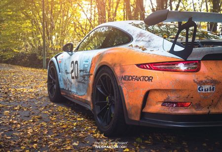 An tuong voi Porsche 911 GT3 RS trong 'bo canh' Gulf Racing - Anh 2