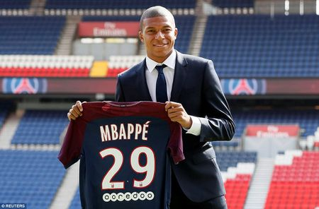 Can canh: Neymar hao hung chao don 'than dong' Mbappe o PSG - Anh 10