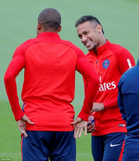 Can canh: Neymar hao hung chao don 'than dong' Mbappe o PSG - Anh 4
