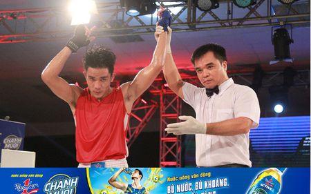 Tran thang knockout an tuong tai giai boxing tranh dai vo dich Number1 - Anh 2