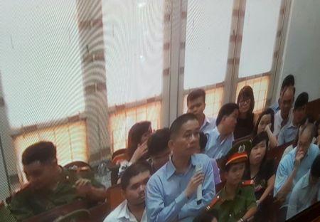Dai an OceanBank: Nguyen Pho TGD PVN da tieu hang chuc ty tien 'qua' nhu the nao? - Anh 2