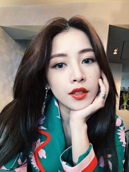 'Hoc lom' cach trang diem dep khong ti vet cua hotgirl Chi Pu - Anh 4