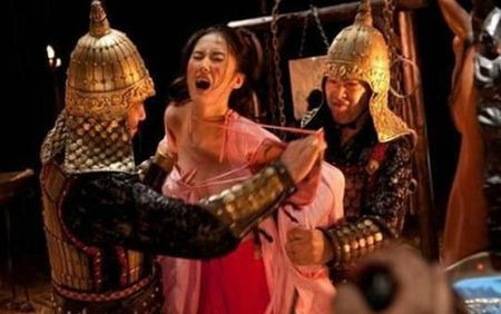 He lo su that cuc hinh 'hoan' phu nu thoi Trung Quoc co dai - Anh 1