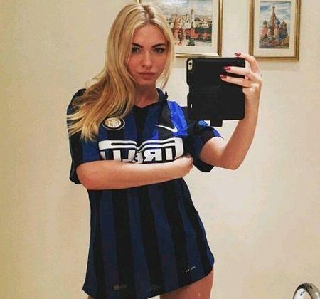 Inter thang hoa, nu fan cuong phan khich tot do - Anh 6