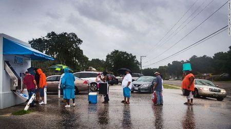 Kinh hoang sieu bao Irma tan pha bang Florida cua My - Anh 5