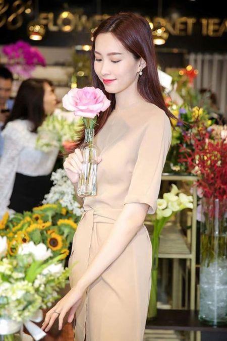 Dang Thu Thao khoe nhan cuoi sau tin lay chong dai gia - Anh 1