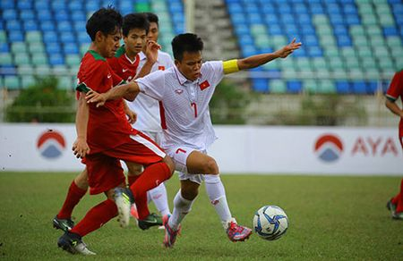 Thang U18 Indonesia, U18 Viet Nam dat mot chan vao ban ket - Anh 1