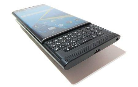 BlackBerry PRIV se khong duoc len doi Android Nougat - Anh 1