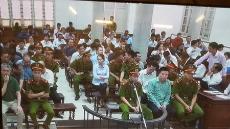 Xet xu dai an OceanBank sang 11/9: Lanh dao BSR de nghi xem xet bi cao Minh Thu toi vu khong - Anh 1