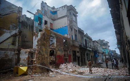 Can canh suc tan pha khung khiep cua sieu bao Irma vao Cuba - Anh 6