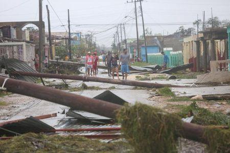 Can canh suc tan pha khung khiep cua sieu bao Irma vao Cuba - Anh 7