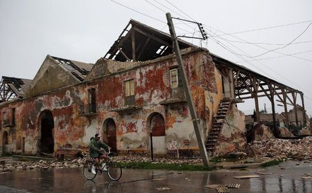 Can canh suc tan pha khung khiep cua sieu bao Irma vao Cuba - Anh 8