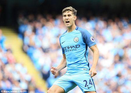 Man City, Tottenham thong tri doi hinh tieu bieu vong 4 Ngoai hang Anh - Anh 4