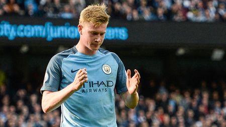 Man City, Tottenham thong tri doi hinh tieu bieu vong 4 Ngoai hang Anh - Anh 7