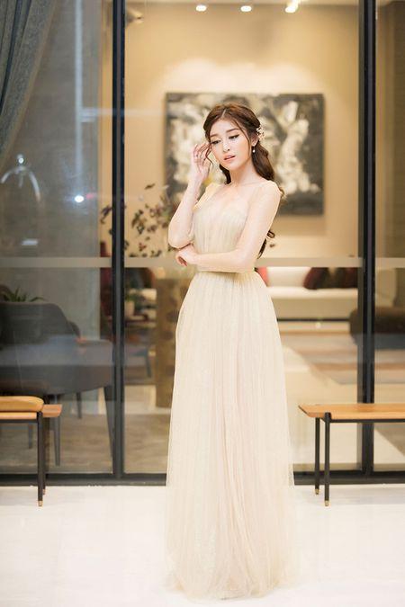 Sap len duong du thi Miss Grand 2017, A hau Huyen My ngay cang ho bao - Anh 1
