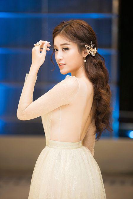 Sap len duong du thi Miss Grand 2017, A hau Huyen My ngay cang ho bao - Anh 5