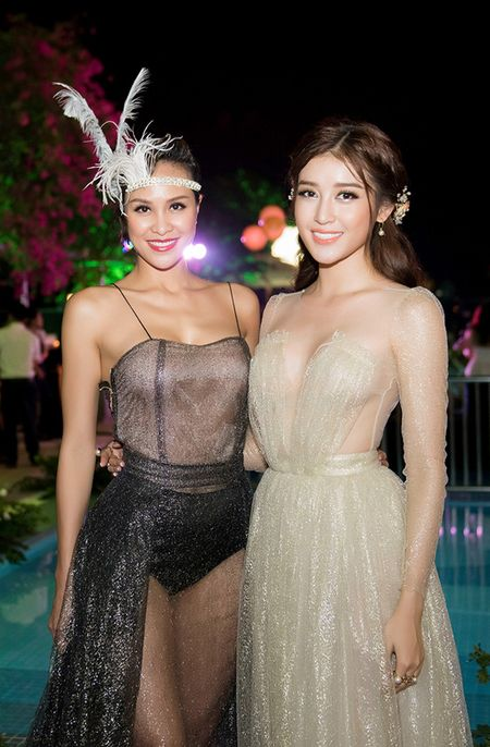Sap len duong du thi Miss Grand 2017, A hau Huyen My ngay cang ho bao - Anh 7