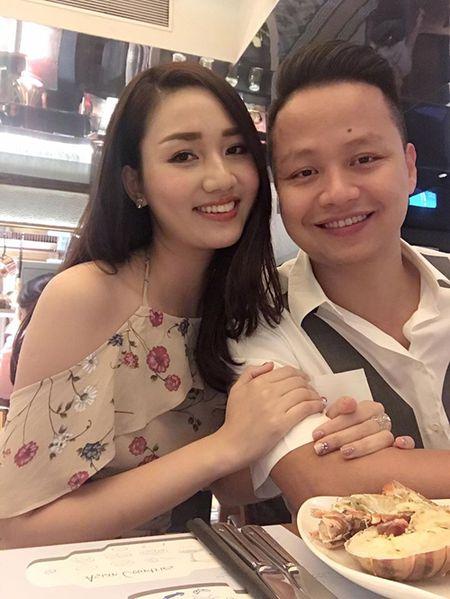 A hau Tra My ke 'kho' sau vai nam lay chong dai gia - Anh 3