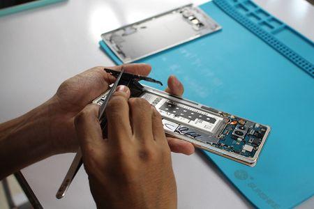 'Mo bung' Galaxy Note 8 dau tien tai Viet Nam - Anh 3