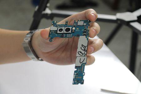 'Mo bung' Galaxy Note 8 dau tien tai Viet Nam - Anh 6