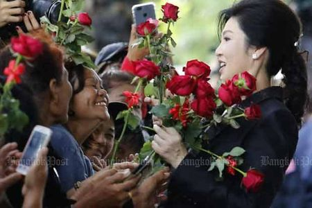 Ba Yingluck bo tron la tot cho nuoc Thai? - Anh 1