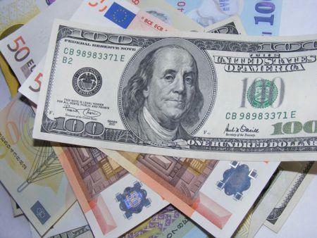 USD phuc hoi manh tro lai sau dong thai ban thao - Anh 1
