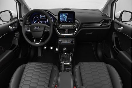 """Ford Fiesta 2017 an toan """"tuyet doi"""" - Anh 4"""