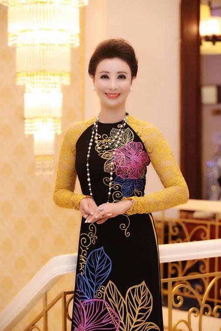 Lo dien 2 Hoa hau ngoi 'ghe nong' cuoc thi 'Hoa hau Dai duong 2017' - Anh 4