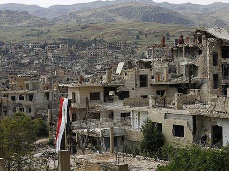 Nga trien khai linh cong binh den Deir Ezzor cua Syria don min - Anh 1