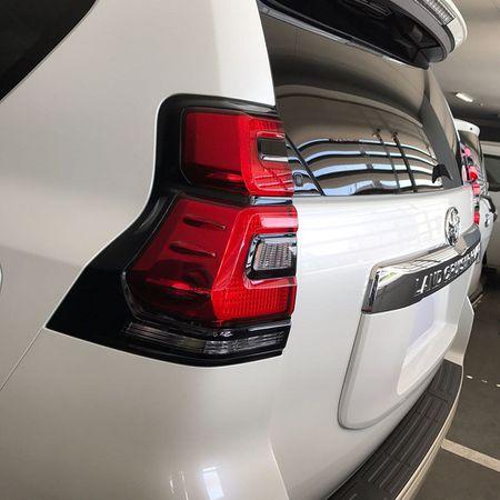 Toyota Land Cruiser Prado 2018 lo anh thuc te truoc gio G - Anh 5